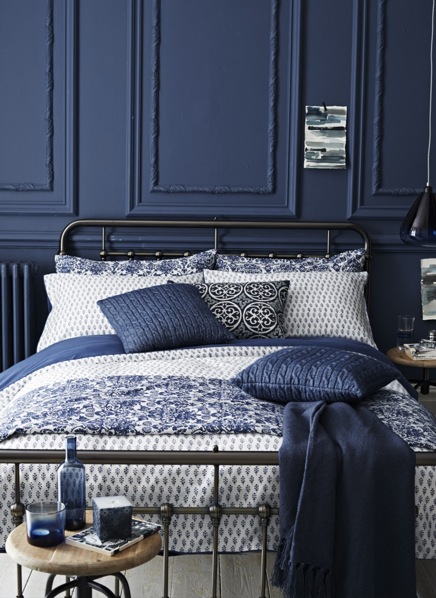 Navy blue bedroom design
