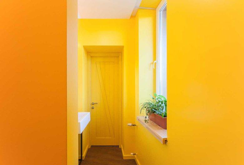 Penka coffee bar bathroom yellow walls