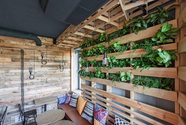 Penka coffee bar vertical planter on wall