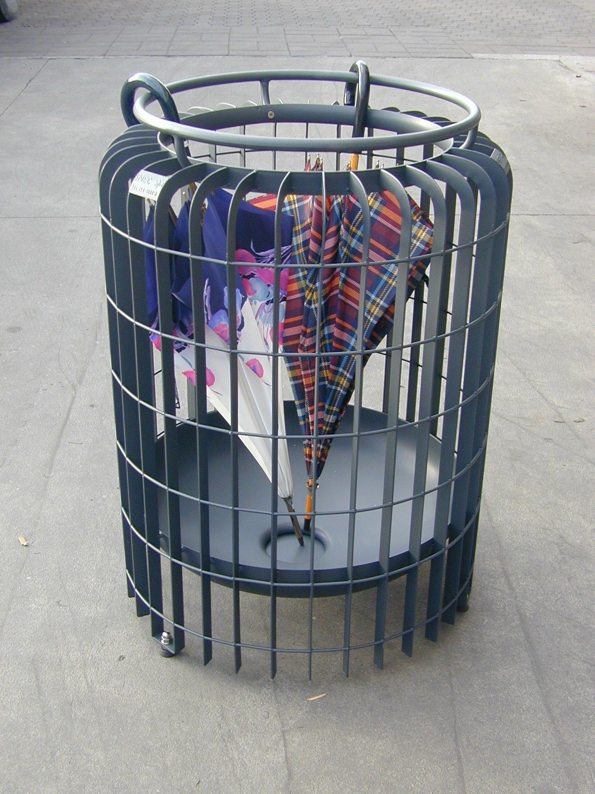 Public Design steel umbrella stand