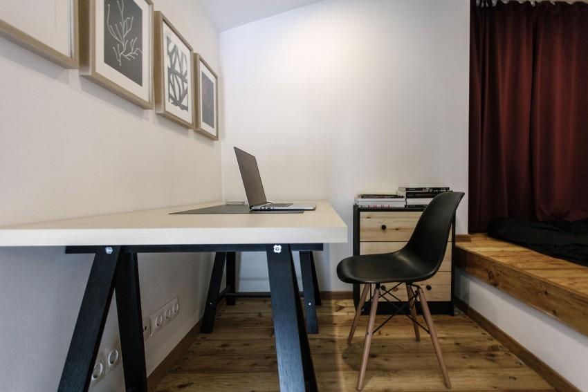Renovated Moscow apartment buro5 mezzanine desk