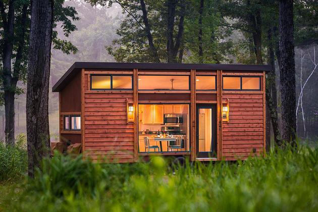 Tiny Home On A Trailer Exterior