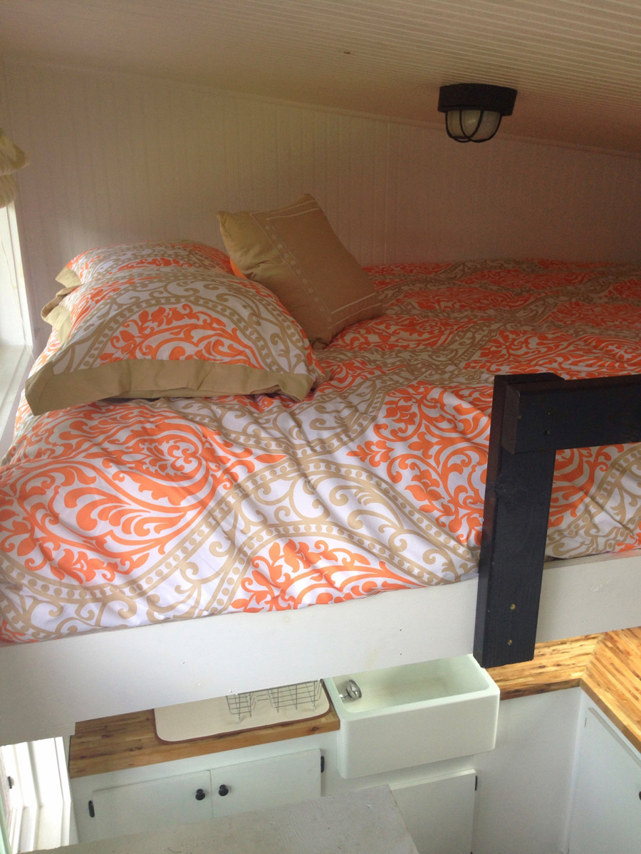 Tiny House in Nashville Bed