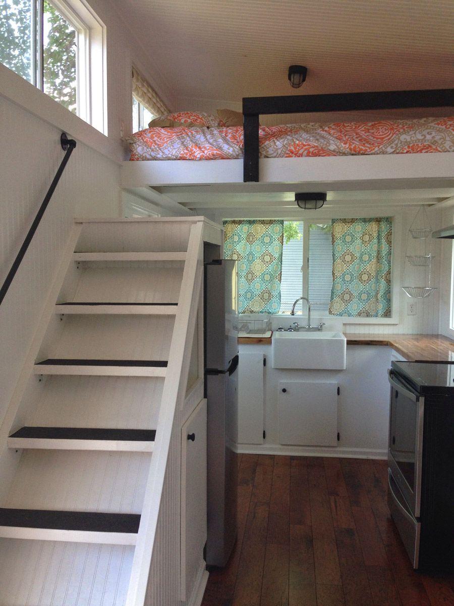 Tiny house in nashville loft bed