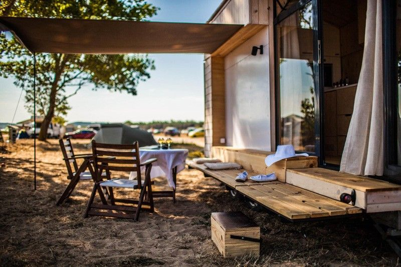 Tiny Vacation Home On Wheels Porch