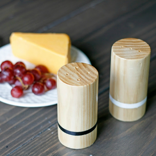 wooden sp shakers