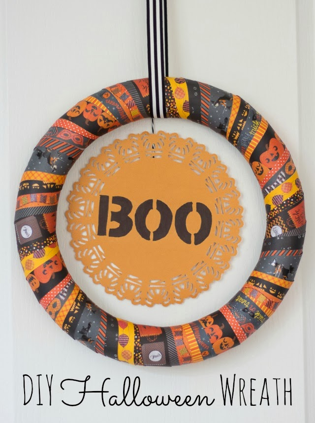 BOO DIY Halloween Wreath