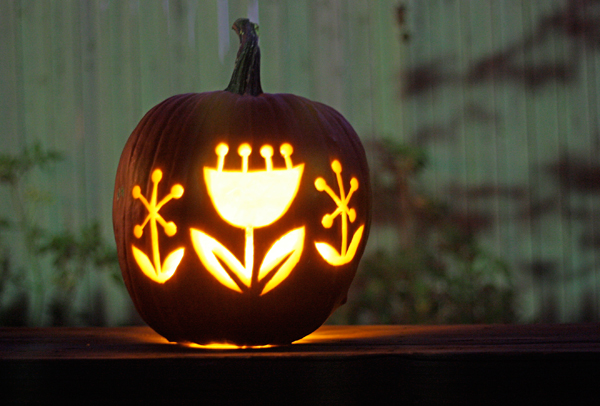 Carve Flowers in Your Pumpkin