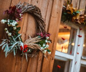 30 Fall Wreaths to Welcome Your Guests