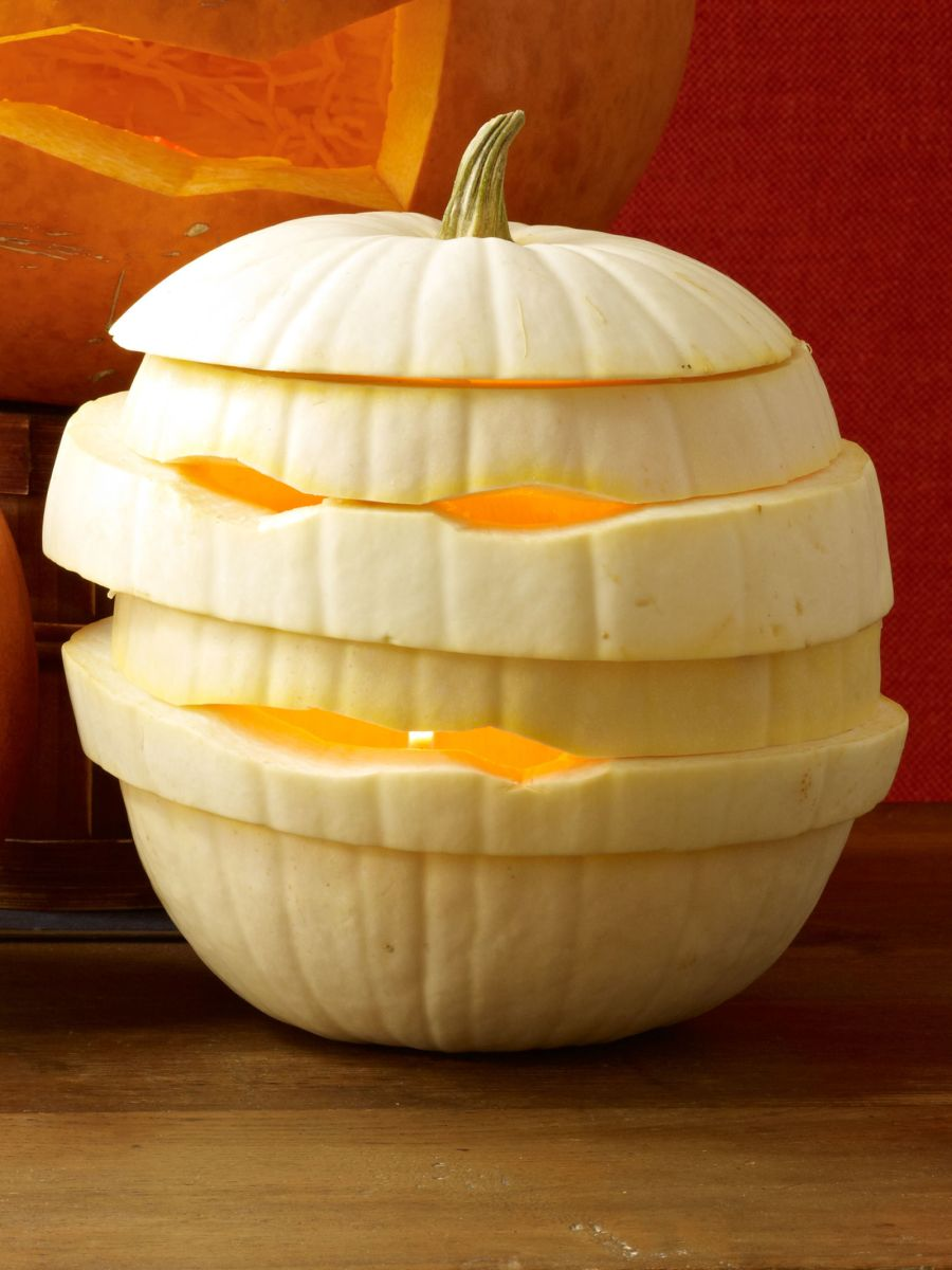 31 cool pumpkin carving ideas you should try this fall for Different pumpkin designs