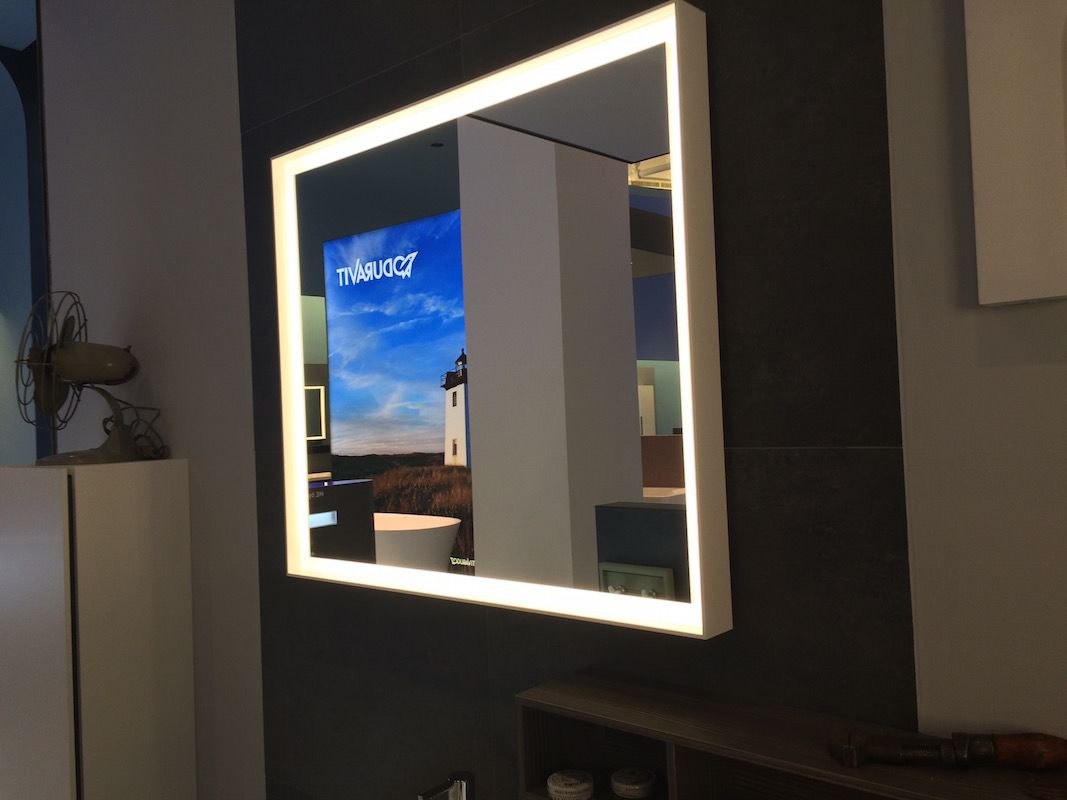 Beautiful Dimmable Mirror Light From Duravit