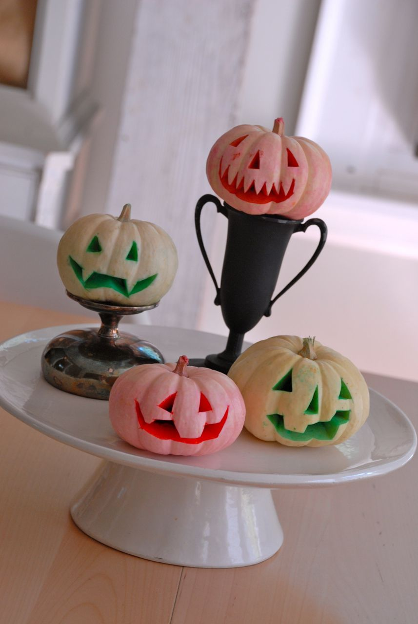Family chic pumpkins for Halloween