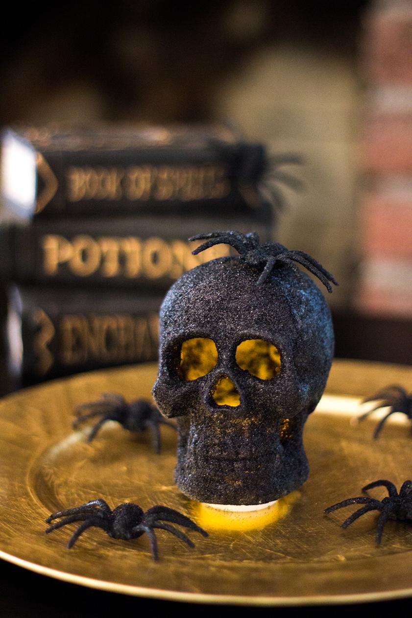Glitter skull centerpiece
