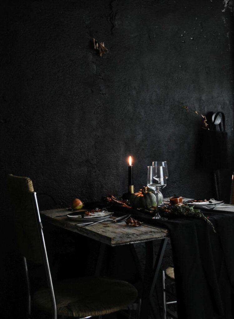 Halloween-Table-Setting-Idea