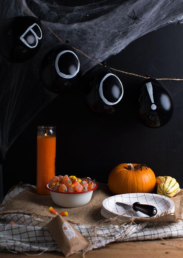 Halloween black balloons