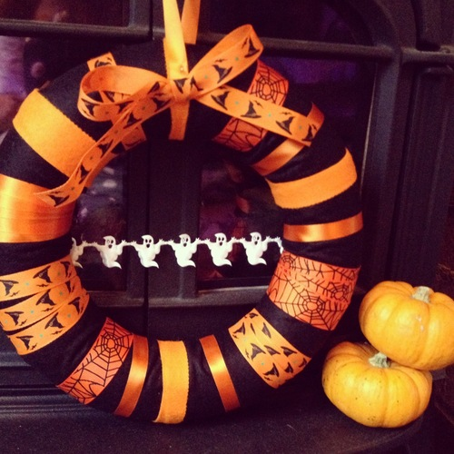 Halloween-themed ribbon