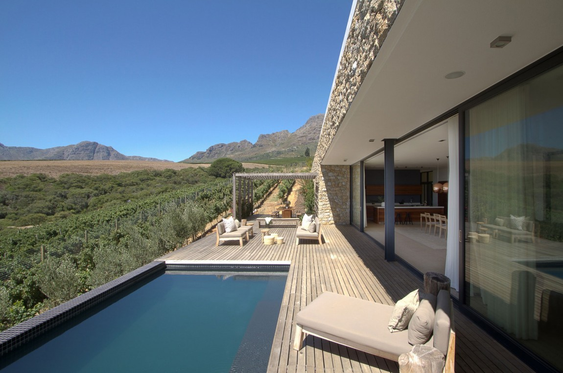 Hillside house on Stellenbosch Porch Pool