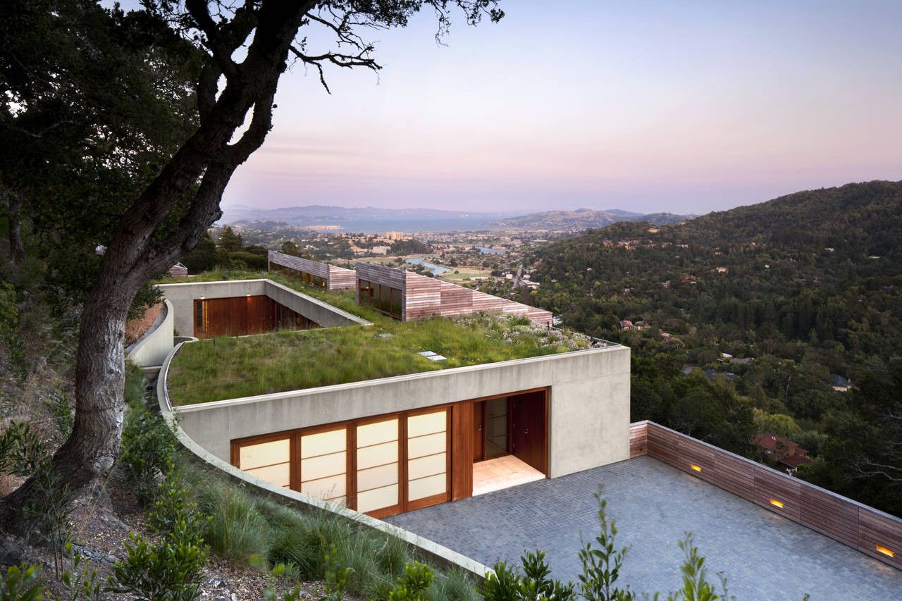 15 Hillside Homes That Know How To Emce The Landscape on modern vacation home designs, modern split level home designs, modern alpine home designs, modern brick home designs,