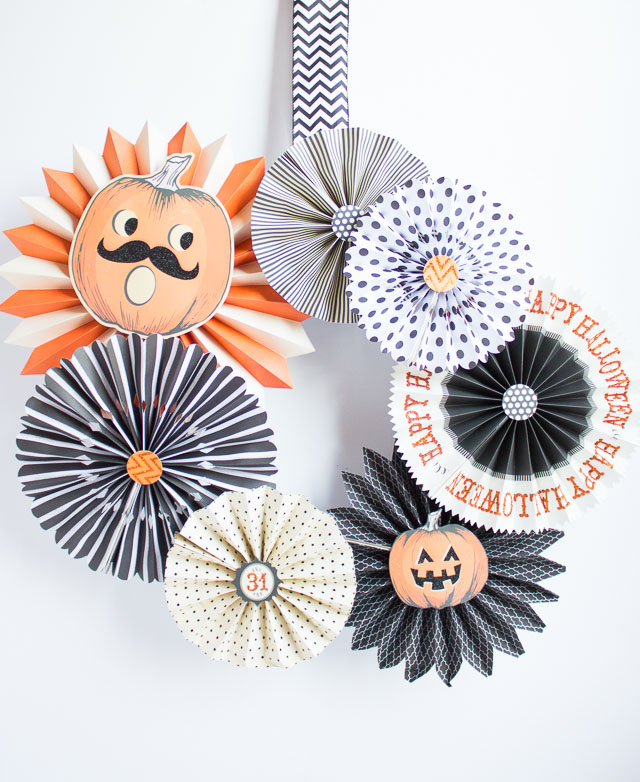 How to make a Halloween Wreath