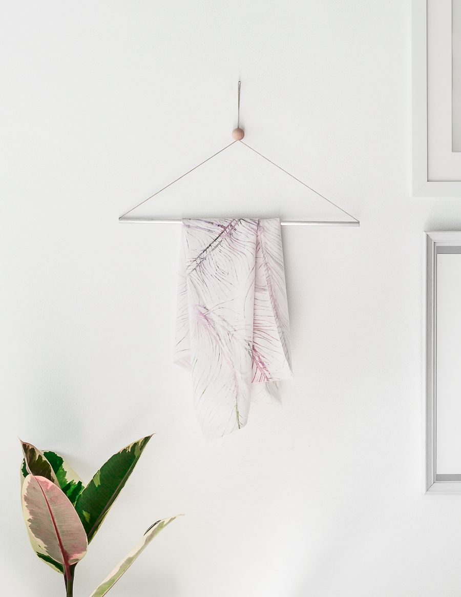How to make a simple hanger