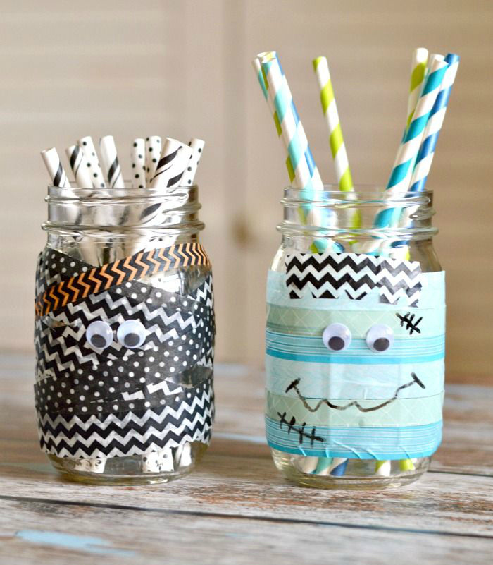 Mummy mason jars