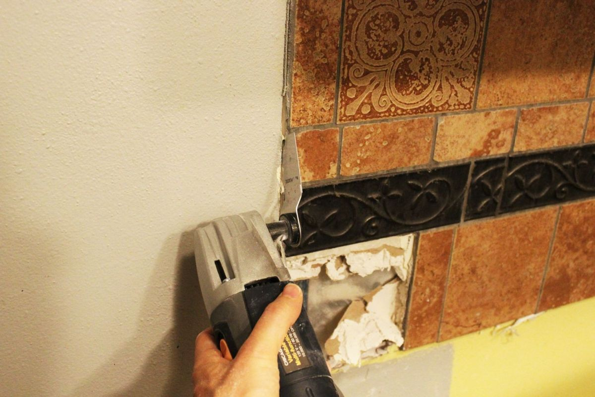 How To Remove A Kitchen Tile Backsplash - Best chisel for removing tile