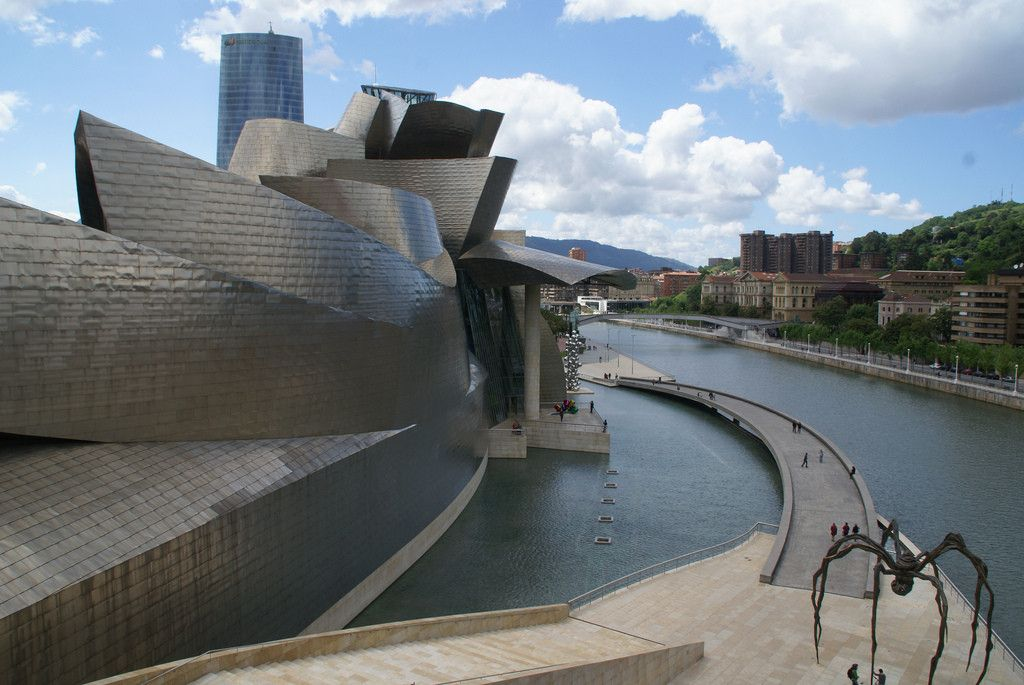 The Guggenheim Museum Bilbao Large