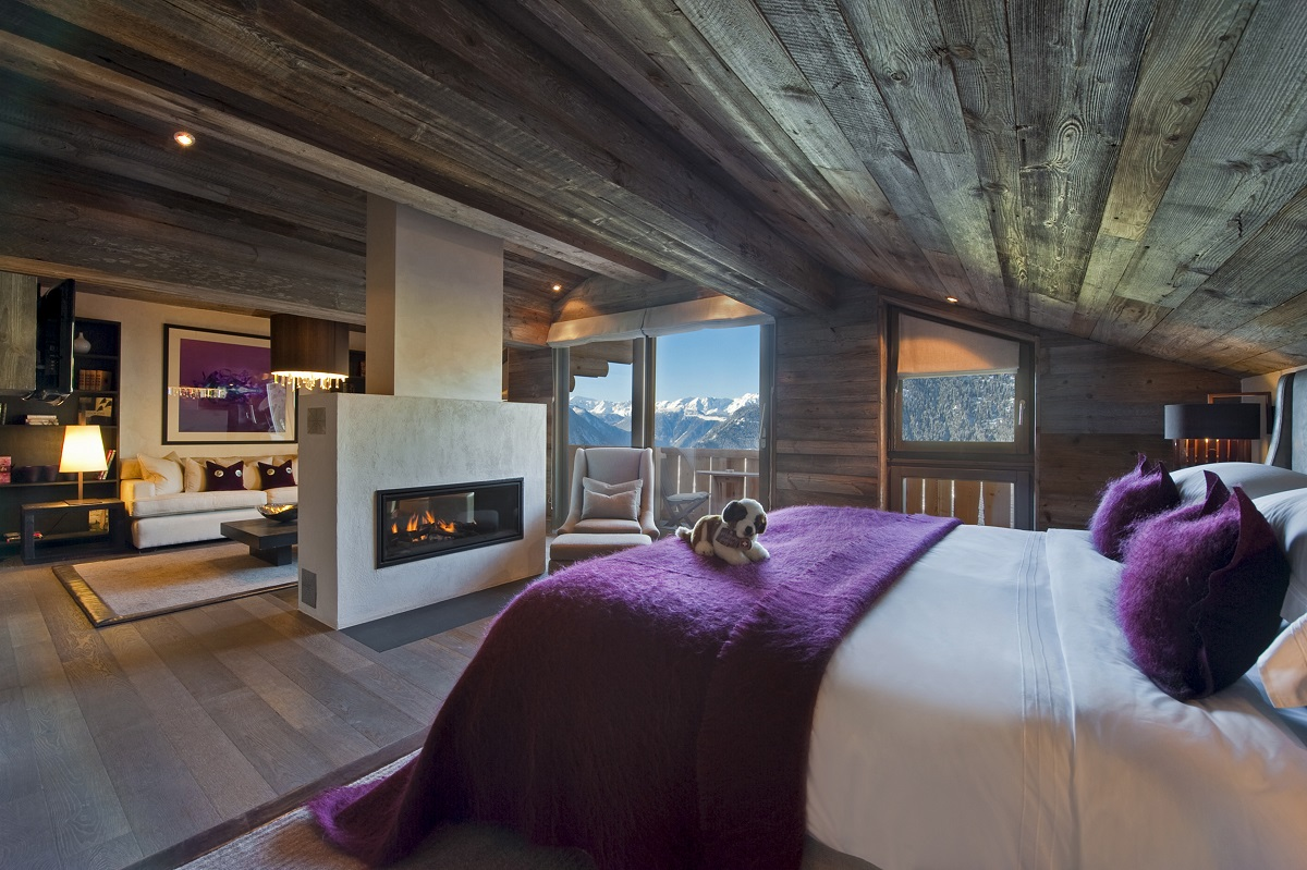 The Lodge Bedroom Fireplace - Verbier, Switzerland