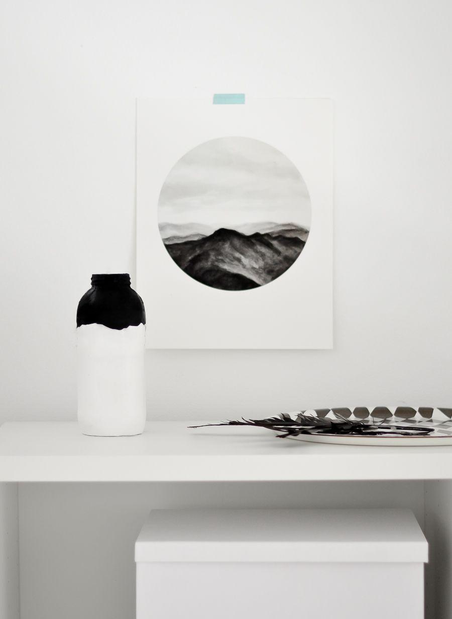 Transform an old jar into a halloween vase