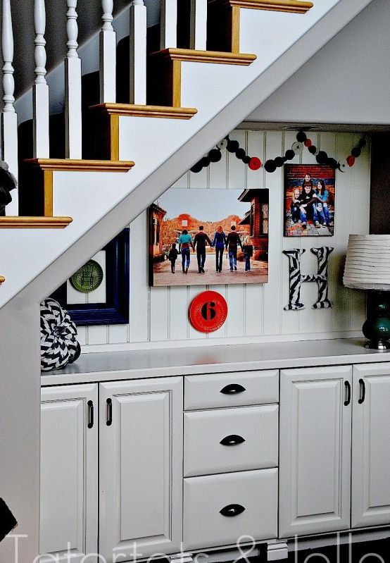 Understairs storage with drawers