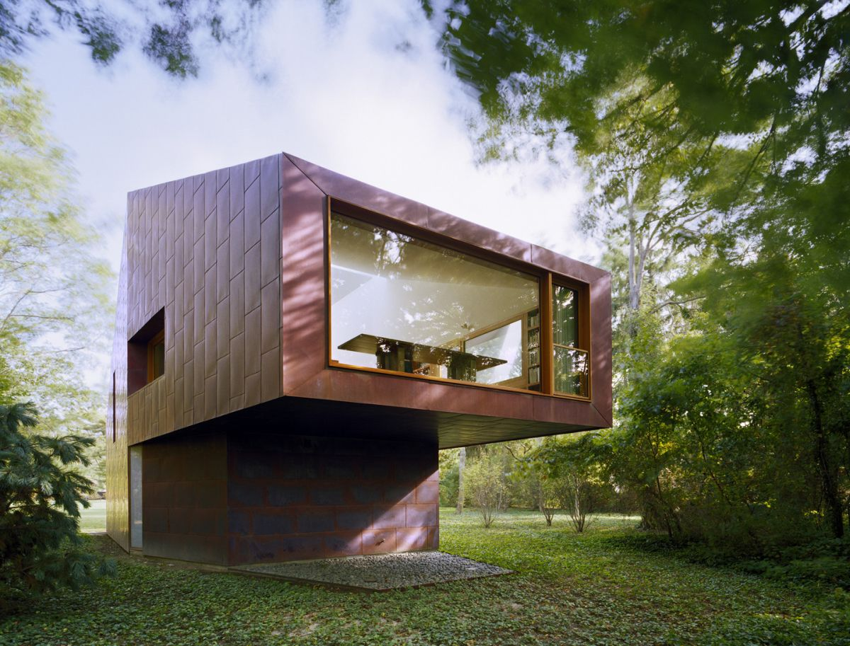 Writing Studio into the Forest