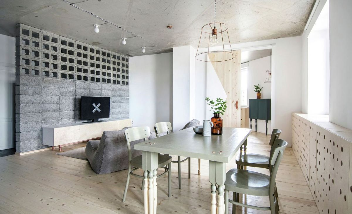 eclectic apartment in St. Petersburg lounge area and dining space
