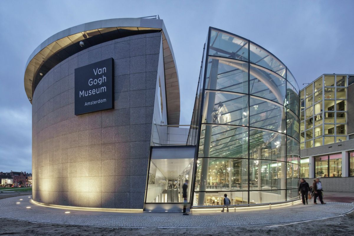 entrance of the Van Gogh Museum Amsterdam