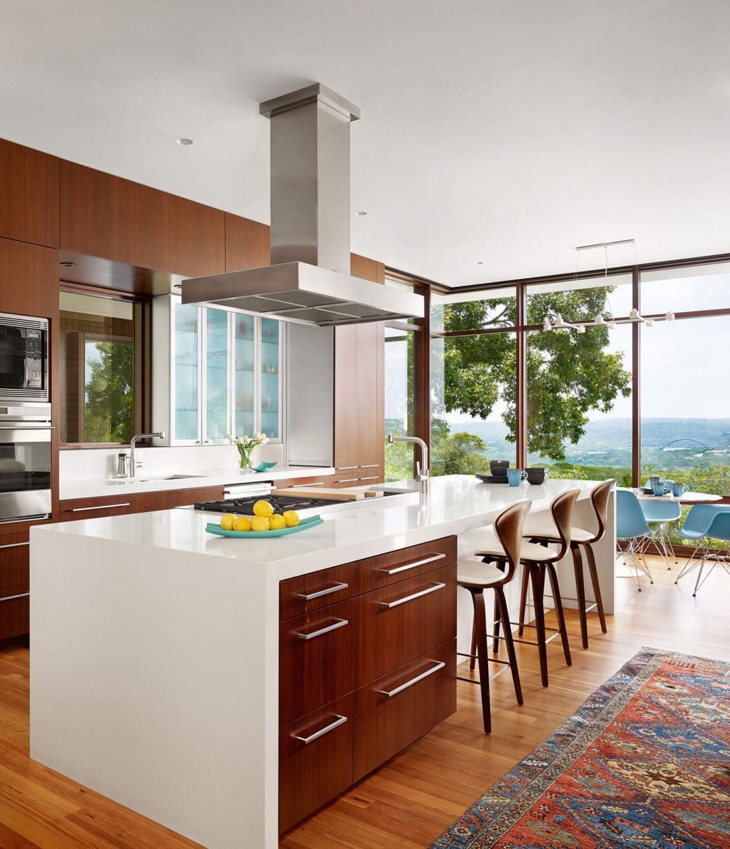 lake view residence kitchen island and bar