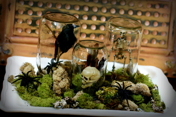 make spooky terrariums with mason jars