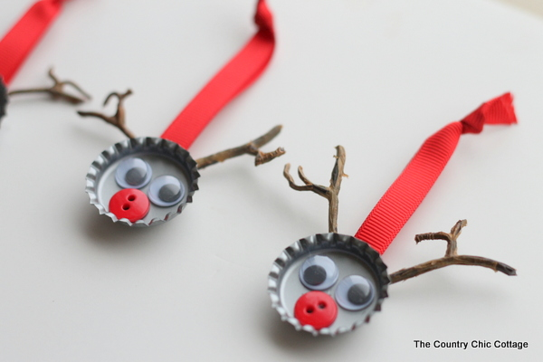 Bottle cap reindeer Christmas Tree