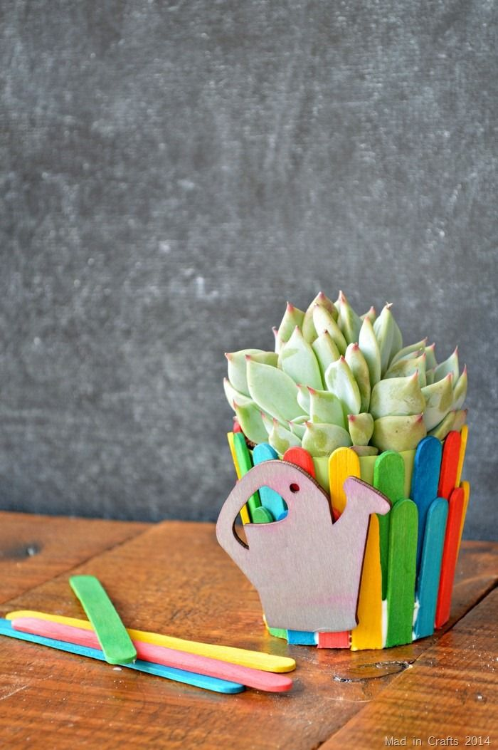 Popsicle stick crafts reveal the versatility of everyday items for Cool popsicle stick creations