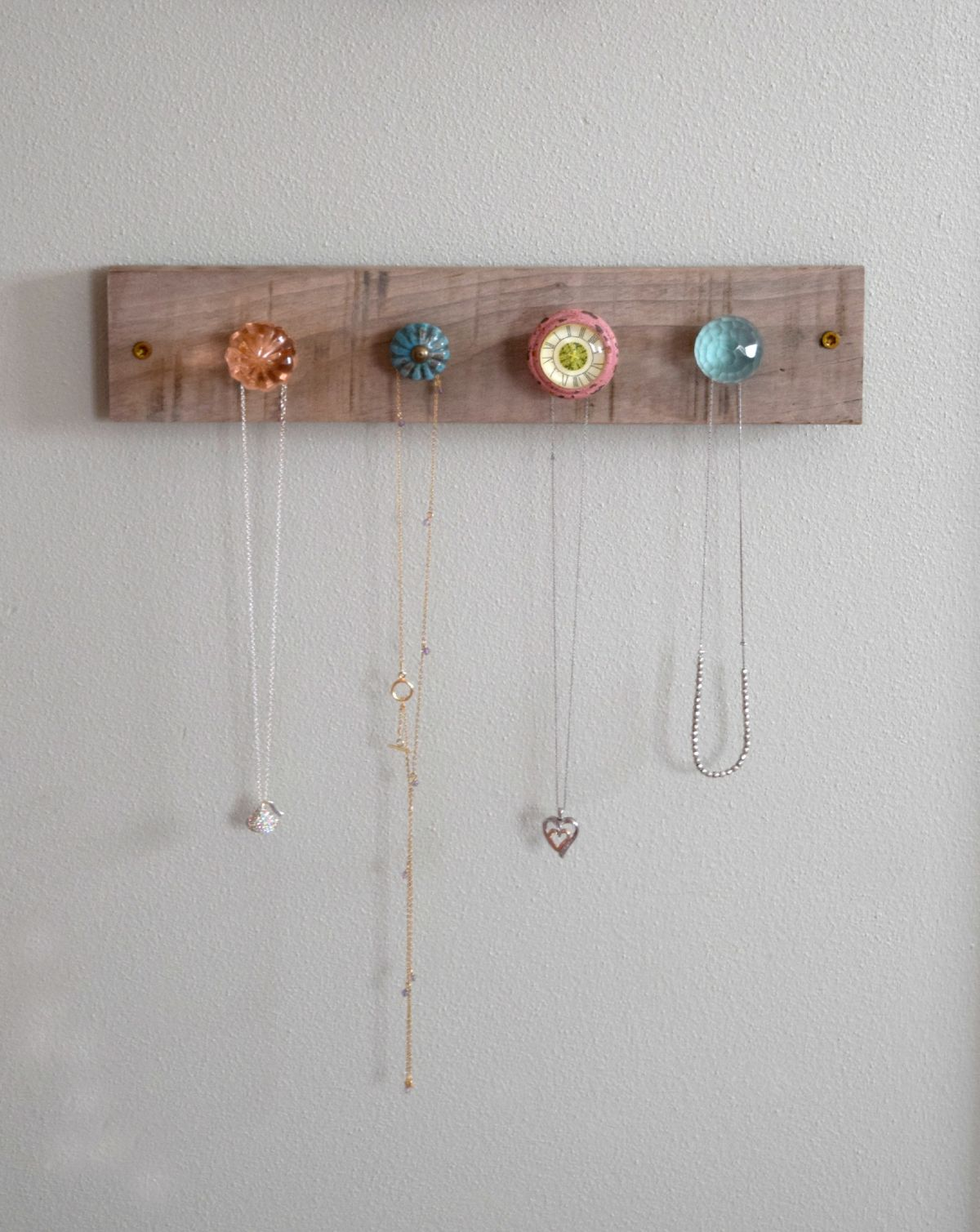 Creative jewelry wall display