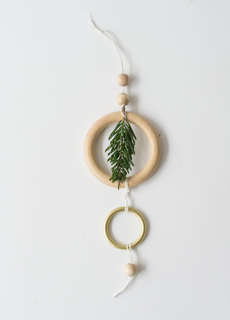 DIY Christmas Mobile Project