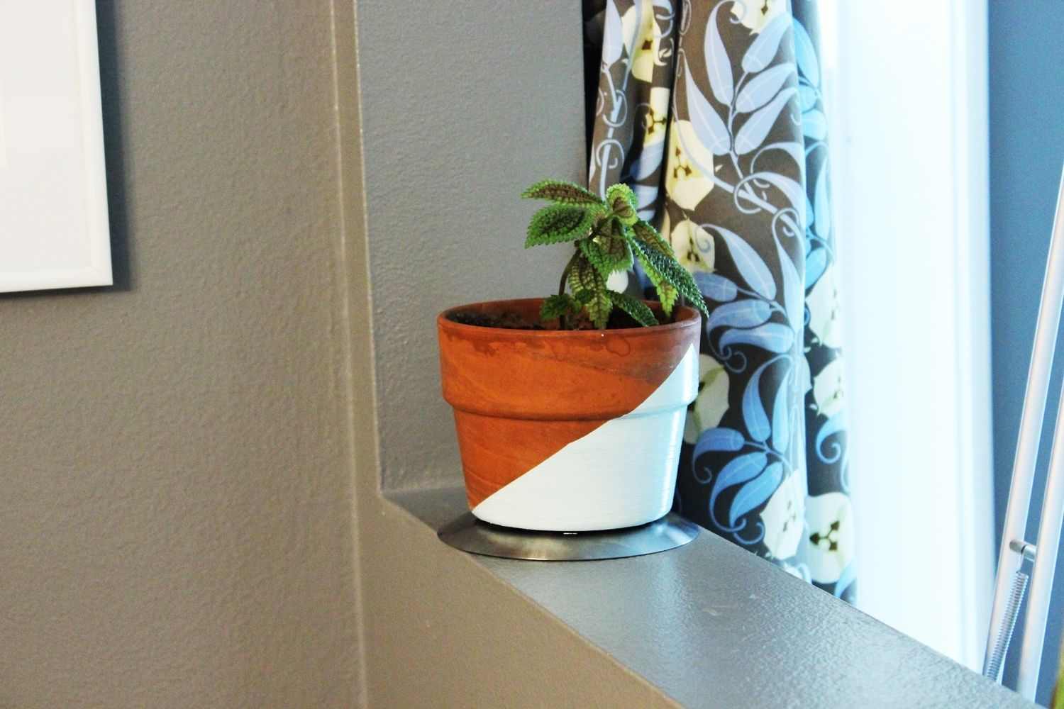 DIY Geometric Painted Planter With Turquoise