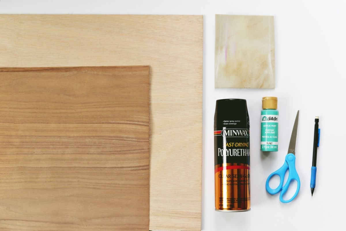DIY Walnut Veneer Chargers Materials