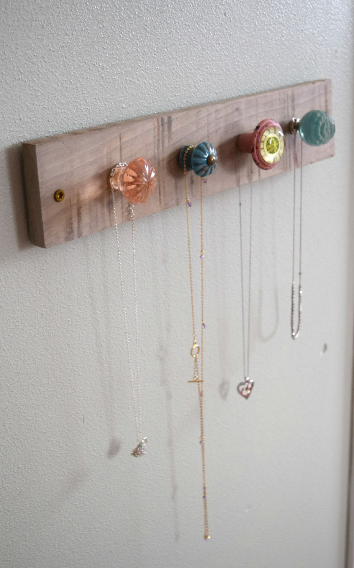 DIY jewelry storage project