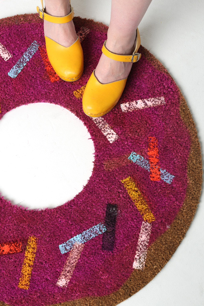 Donut welcome mat