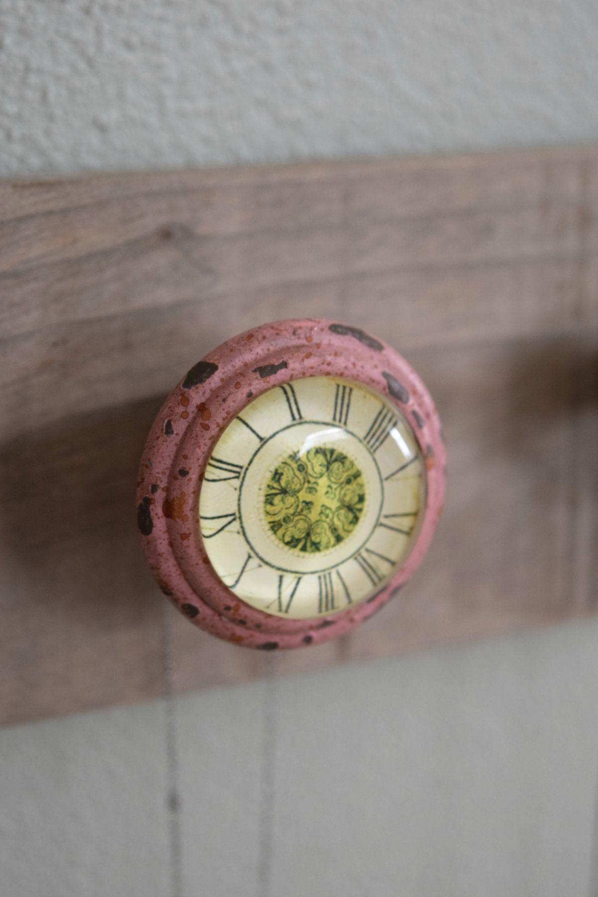 Door knob jewelry holder