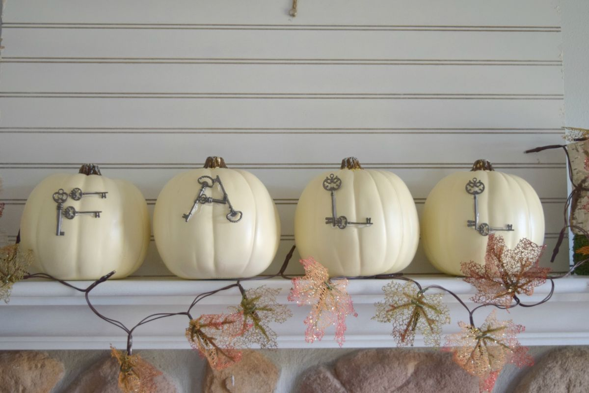 Fall pumpkin with Words