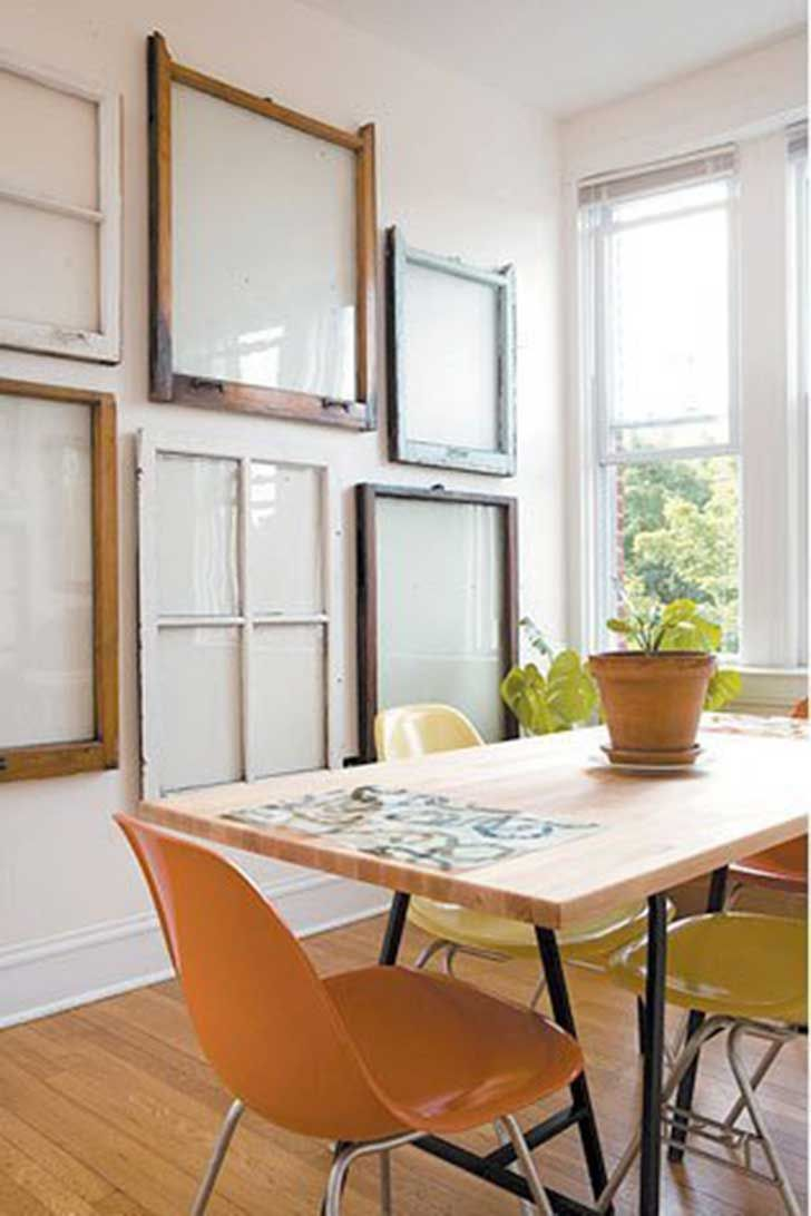 20 Different Ways To Use Old Window Frames : Gallery wall from old window frames from www.homedit.com size 728 x 1092 jpeg 64kB