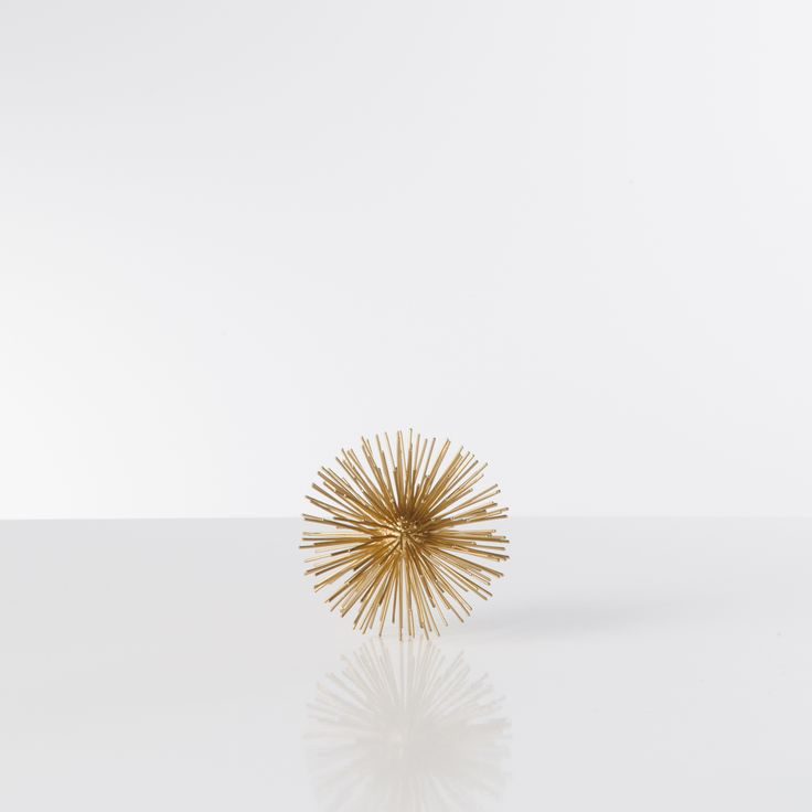 Gold urchin sphere