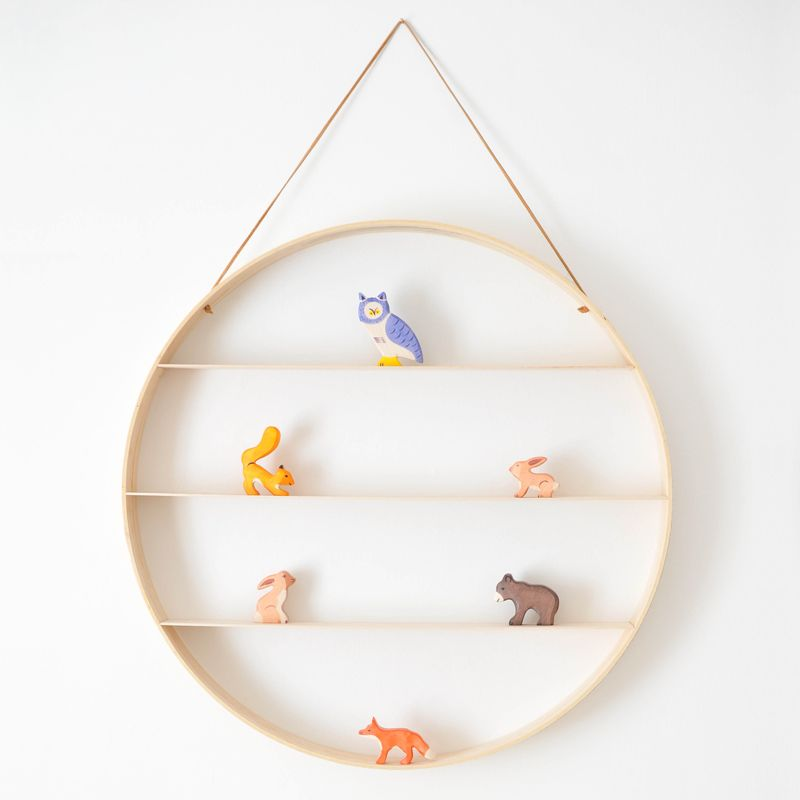 Hanging circle wood shelf