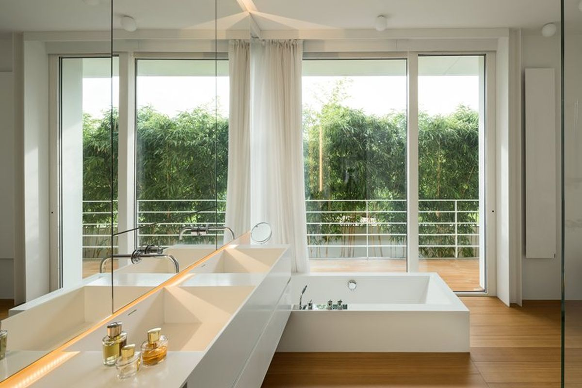 House C by Zaetta Studio en-suite bathroom