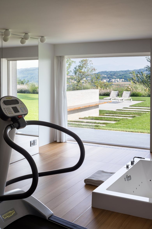 House C by Zaetta Studio fitness room